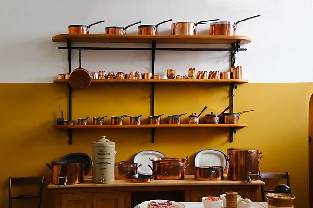 floating shelves for teapot