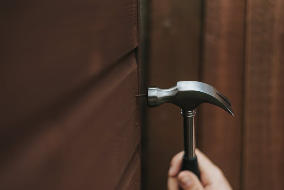 Top 8 Brands Of Best Hammers For Your Next DIY Project